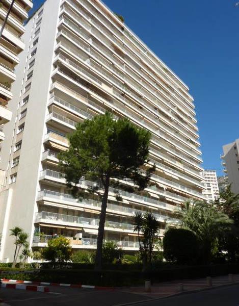 Appartements vendre ou louer dans l 39 immeuble ch teau d for Chambre d immeuble