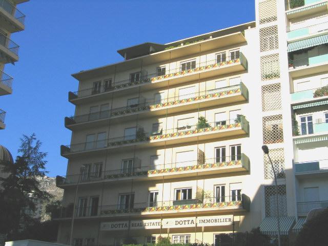 Appartements vendre ou louer dans l 39 immeuble les for Chambre a louer monaco