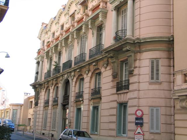 Appartements vendre ou louer dans l 39 immeuble domes for Chambre de commerce monaco