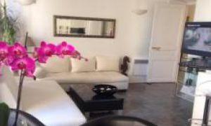 4 rooms apartment - - boulevard Rainier III