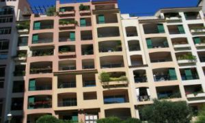 SPACIOUS OFFICE FONTVIEILLE