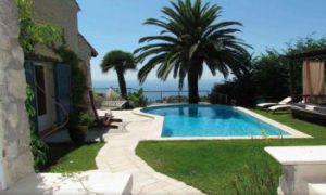 Jolie villa avec magnifique vue � 10min de Monaco