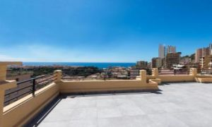 Penthouse avec splendide vue mer et Monaco