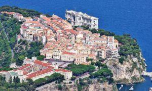 Monaco / Studio libre de loi � r�nover