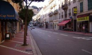 Monaco / Condamine / Local � usage d'entrep�t
