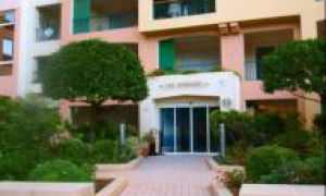 4 BEDROOMS APARTMENT IN FONTVIEILLE
