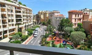 2 Bed Apartment / Office - Boulevard d'Italie