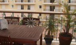 Condamine /Port - Two bedroomed apartment / office