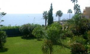 Villa proche du bord de mer - FRANCE -