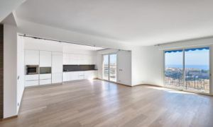 Penthouse 3 bedroom panoramic sea view