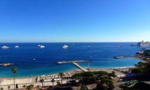 Spacieux appartement avec vue mer panoramique
