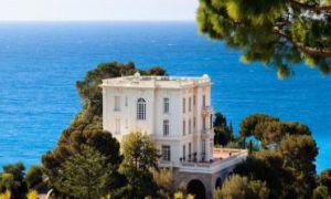 Exceptional villa - Luxurious appointments