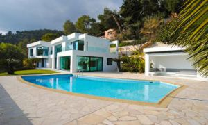 Seasonal rental in Roquebrune Cap martin