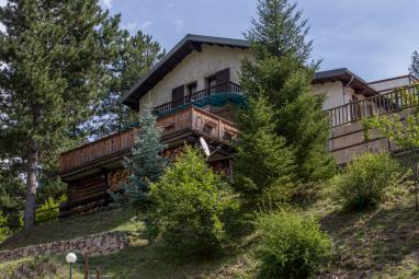 Properties for Sale - Chalet à Guillaumes, au c'ur du Colorado niçois - Monaco Monte-Carlo
