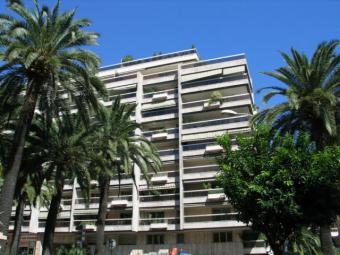 Properties for Sale - parking - Chateau Amiral - Monaco Monte-Carlo