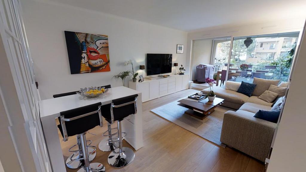 grand deux pi ces r nov appartement monaco agence de la gare agence immobili re monaco. Black Bedroom Furniture Sets. Home Design Ideas