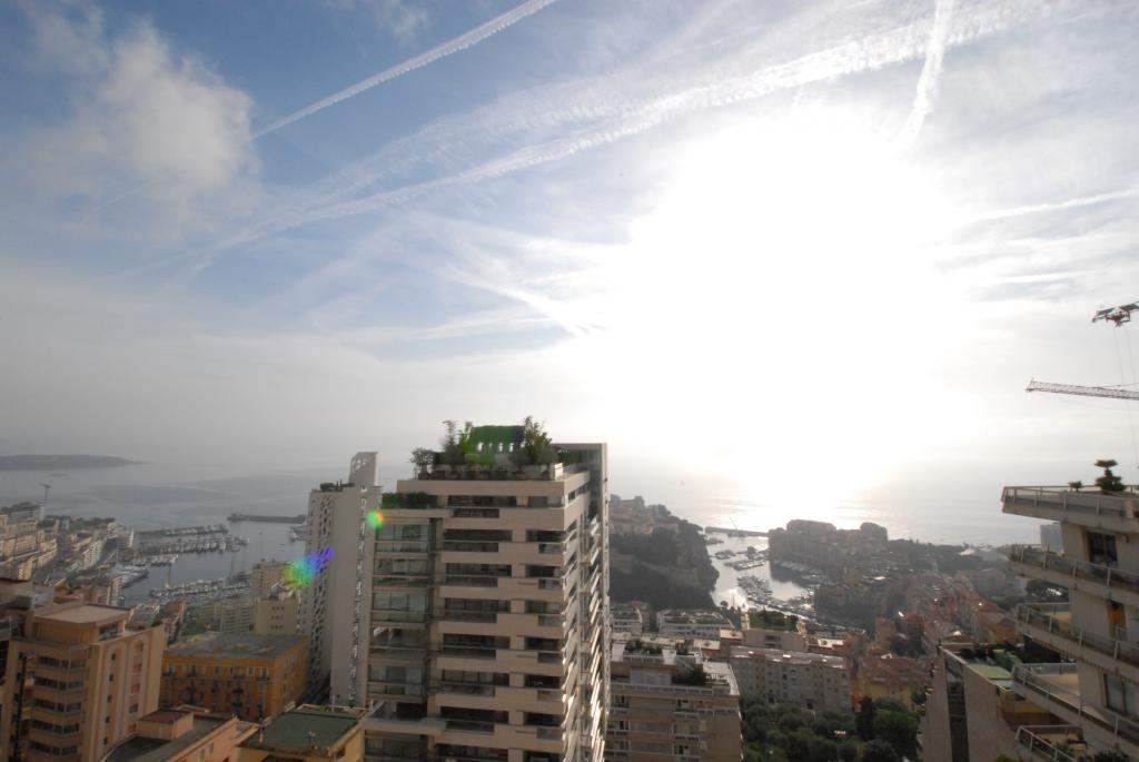 For Rent Apartment Monaco Large two rooms view panoramic sea and city  - Agence de la Gare