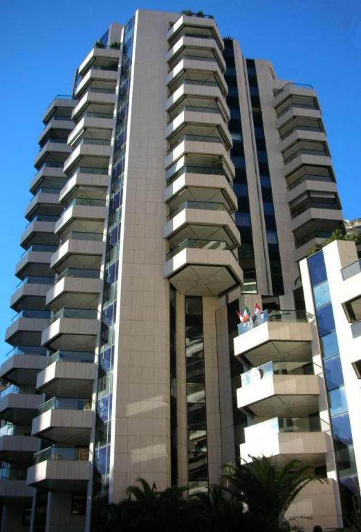 For Rent Office Monaco ENSEMBLE NEUF DE BUREAUX - CARRE D'OR  - Agence de la Gare