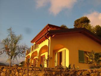 Agence EIP - Liguria: Domaine in Perinaldo - Monaco Monte-Carlo