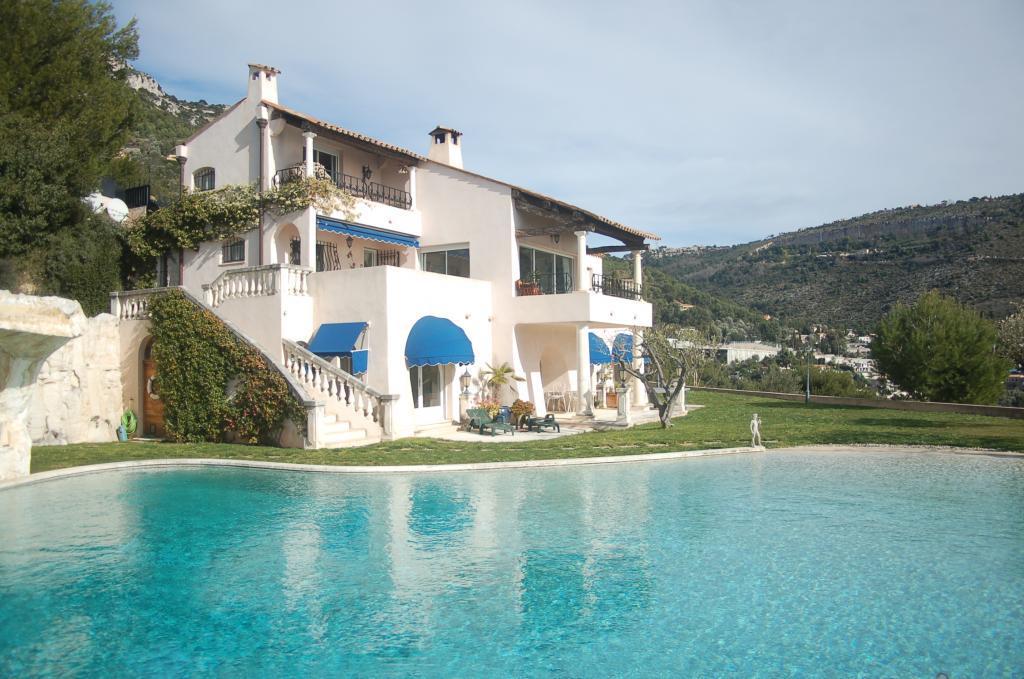 Villa In Eze Villa France Monaco Villas Real Estate