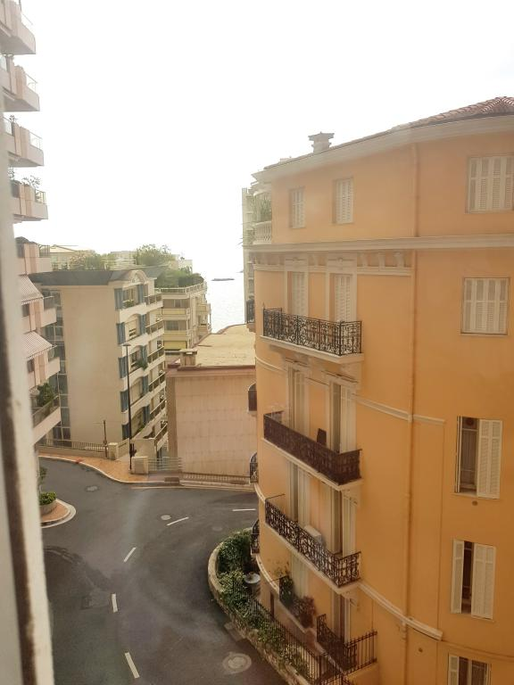 Monaco Villas - Studio in Chateau Perigord II - Monaco Monte-Carlo