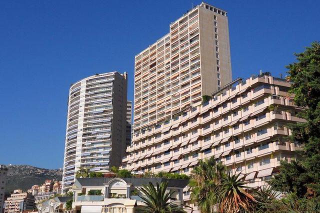 Monaco Villas - 5 room apartment in Chateau Perigord II - Monaco Monte-Carlo
