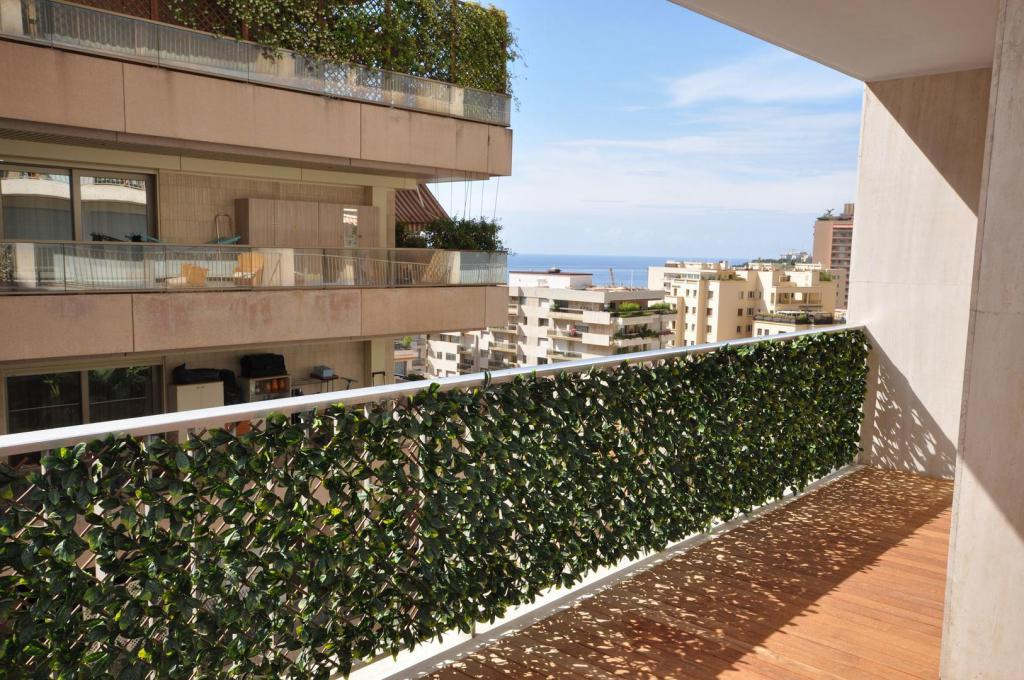 Monaco Villas - 5 room apartment in Chateau Perigord II - Monaco Monte-Carlo