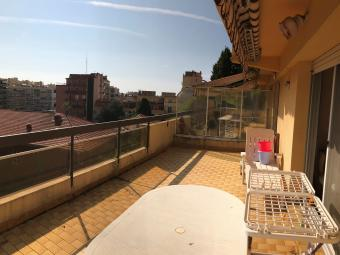 TWO ROOMS APARTMENT LAST FLOOR VERY CLOSED THE CENTRE GARAGE CAVE LARGE TERRACE
