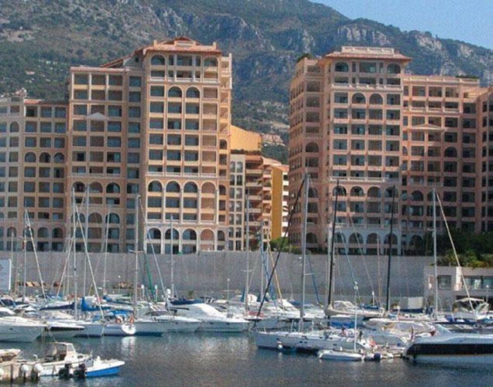 Monaco Villas - FONTVIEILLE MEMMO CENTER 4 PIECES 291 m² CAVE ET 2 PARKINGS - Monaco Monte-Carlo