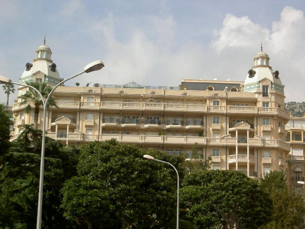 Monaco Villas - RESIDENCE METROPOLE 5 ROOMS 275,50 m² WITH CELLAR AND 3 PARKINGS - Monaco Monte-Carlo
