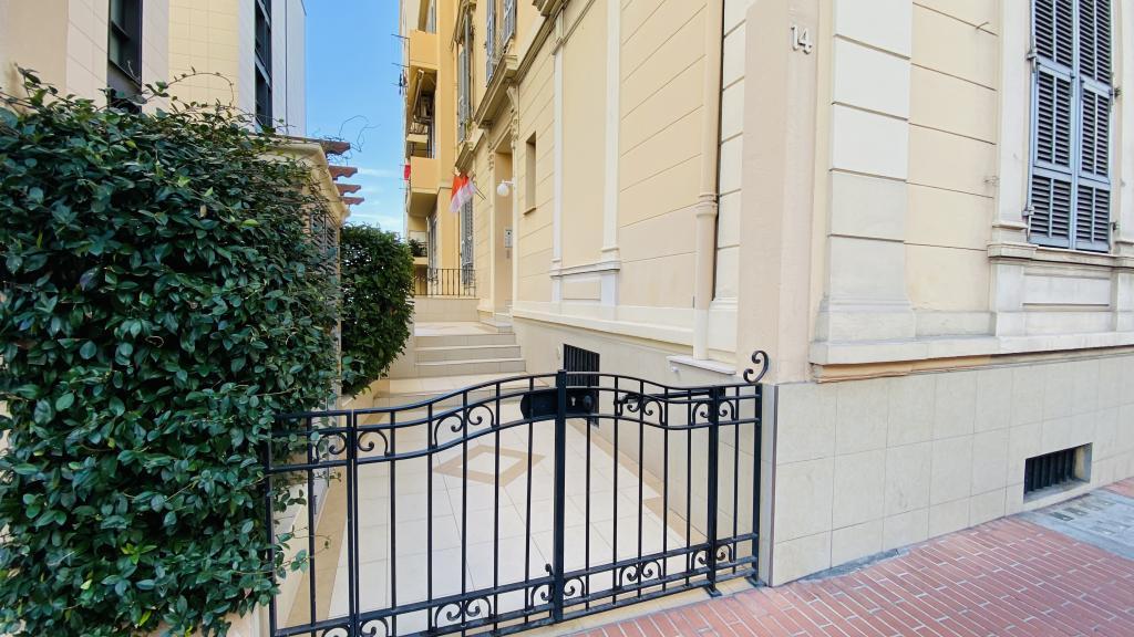Blu Immobilier - VILLA MILTON APPARTEMENT 3P CENTRAL EN USAGE MIXTE - Monaco Monte-Carlo