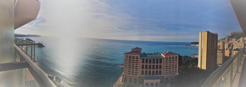 Blu Immobilier - MONTE CARLO SUN 4P FRONT DE MER ÉTAGE TRÈS ÉLEVÉ - Monaco Monte-Carlo