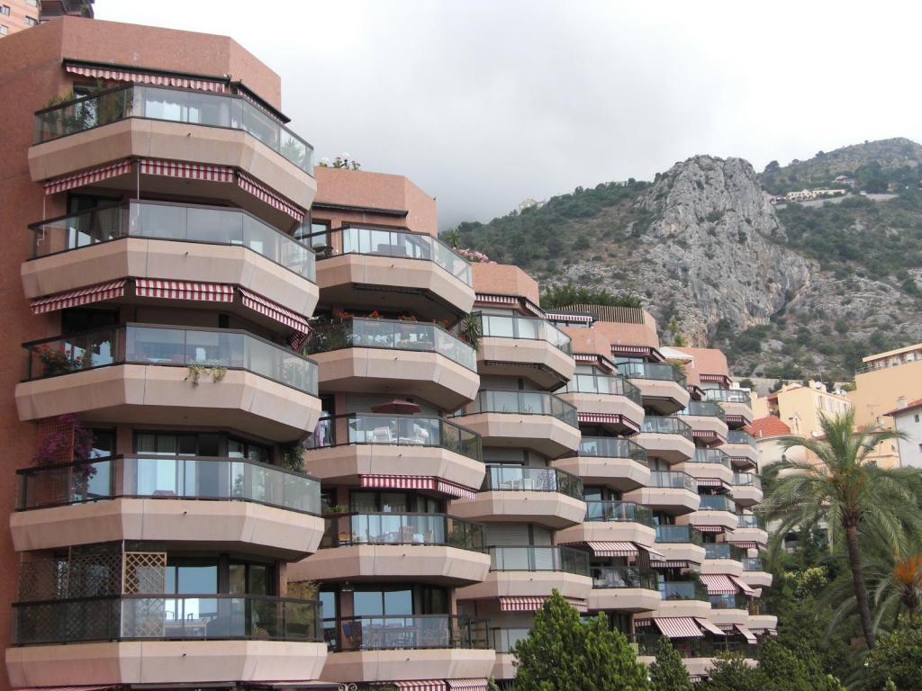 Blu Immobilier - MONTE CARLO SUN : BUREAU OPEN SPACE 217 m² - Monaco Monte-Carlo