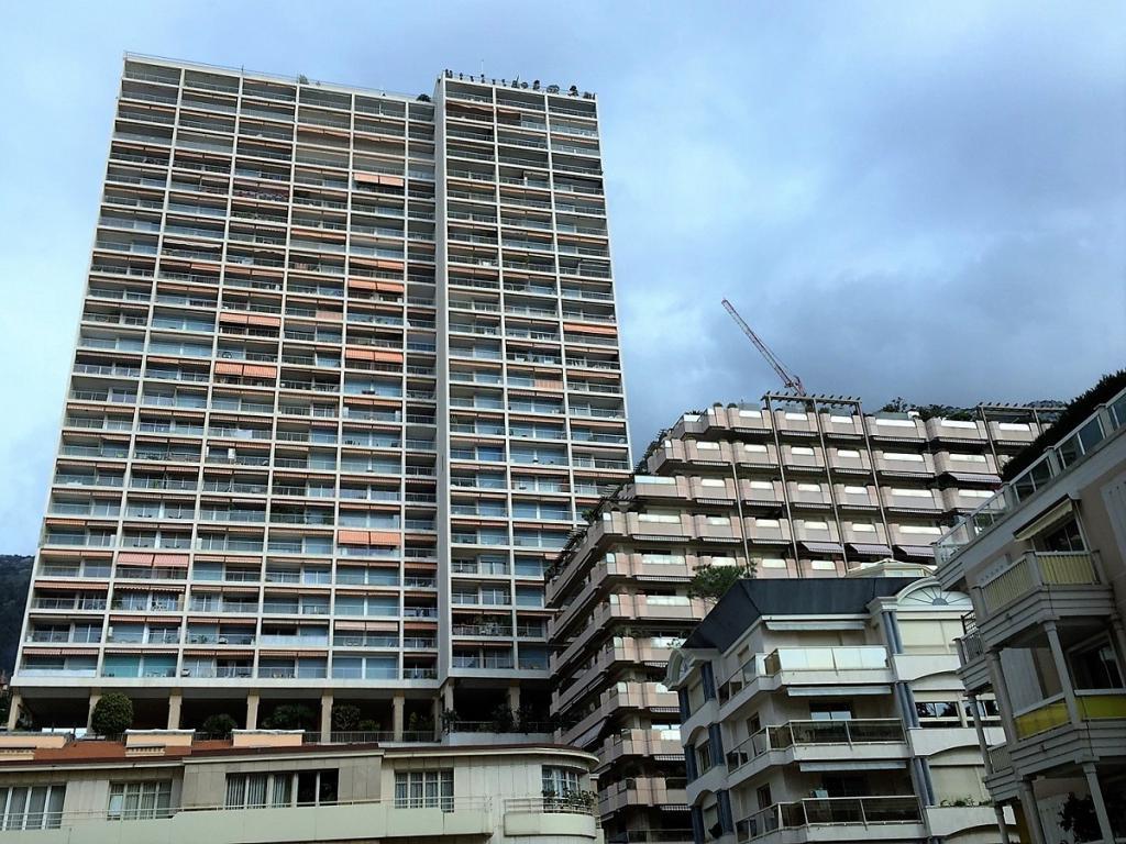 Blu Immobilier - CHATEAU PERIGORD II 5 ROOMS REFURBISHED - Monaco Monte-Carlo