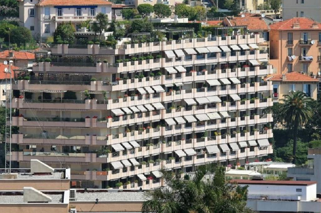 Monaco Villas - ROC FLEURI AVEC VUE MER CAVE ET 2 PARKINGS - Monaco Monte-Carlo