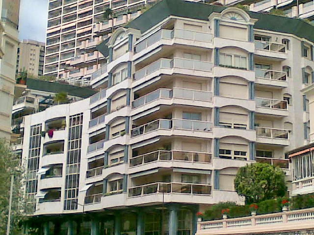 Monaco Villas - ROCAZUR BUREAU DE 39 m² - Monaco Monte-Carlo