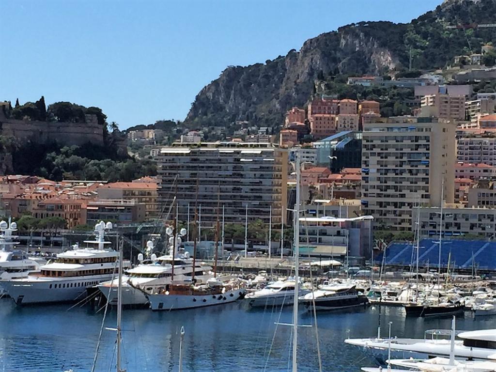 Blu Immobilier - PORT HERCULE SHANGRI LA PARKING 34 AU -2 - Monaco Monte-Carlo