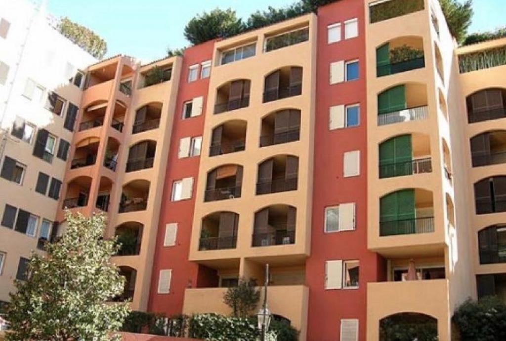 Monaco Villas - FONTVIEILLE TITIEN BUREAU 63 m² AVEC VITRINE - Monaco Monte-Carlo