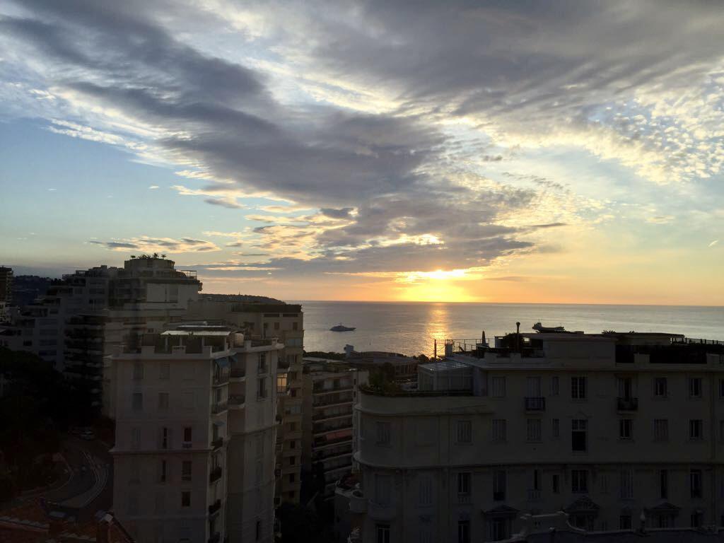 Blu Immobilier - 3 PIÈCES BOURGEOIS AVEC VUE MER TRANSFORMABLE EN 4 - Monaco Monte-Carlo