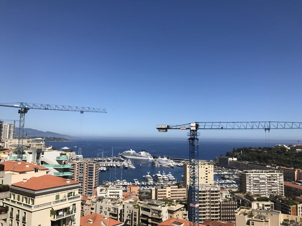 Blu Immobilier - BEVERLY PALACE 5 PIÈCES AVEC VUE MER IMPRENABLE - Monaco Monte-Carlo