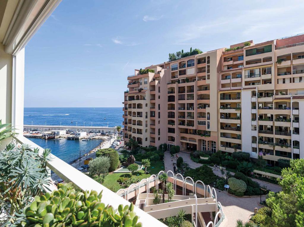 Blu Immobilier - PENTHOUSE FONTVIEILLE SOMPTUEUSE DECORATION - Monaco Monte-Carlo