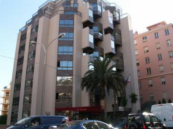 Est-Ouest - Immeuble Monaco - 24, bd. Princesse Charlotte, Monaco