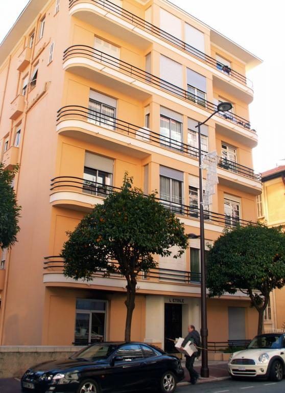 Appartements vendre ou louer dans l 39 immeuble palais de for Garage de l etoile la maxe